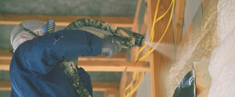 Spray foam insulation contractor